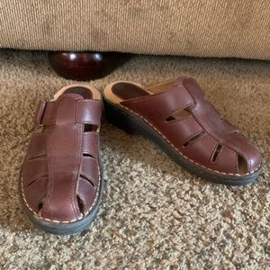Predictions leather collection slip on mule